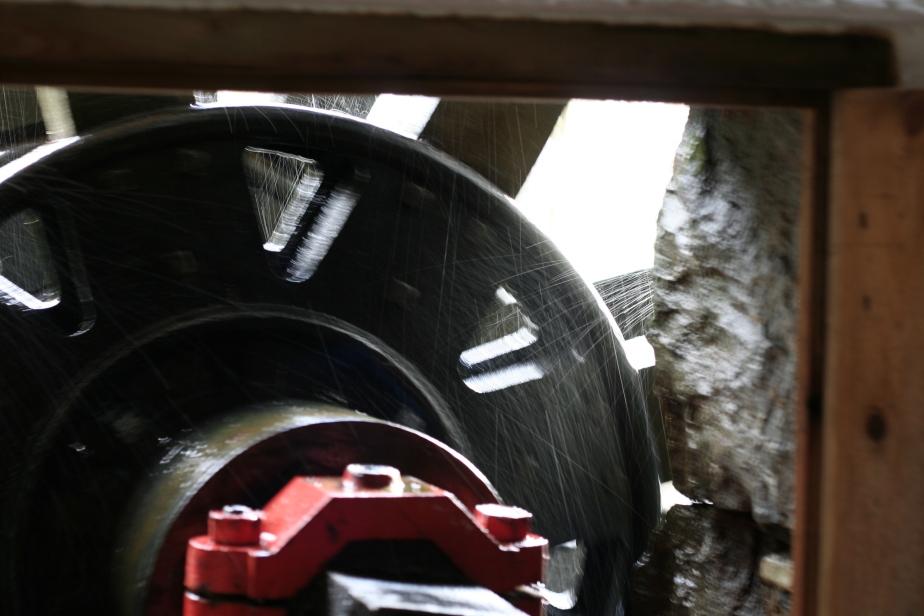 Waterwheel turning at Melin Pant-yr-Ynn, Blaenau Ffestiniog