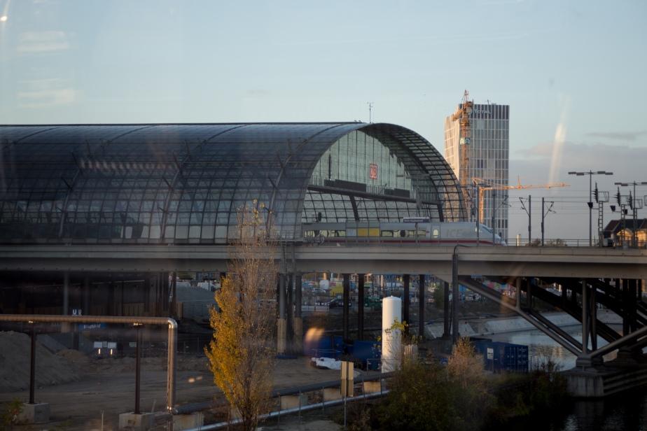 Berlin Hauptbahnhof - Meinhard von Gerkan