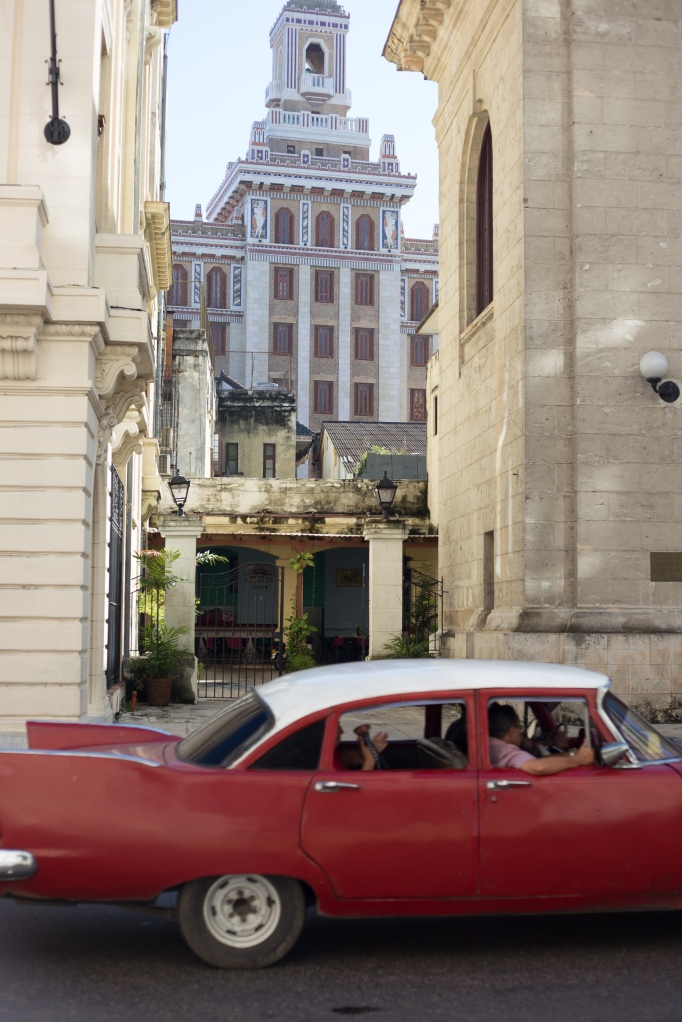 1930's Bacardi building and vintage car